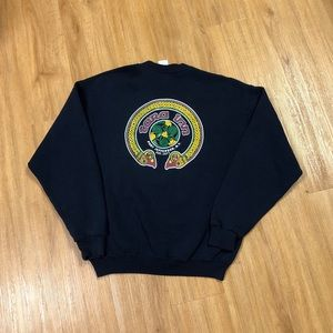 2000's Tara Inn Port Jefferson NY Crewneck Sweater